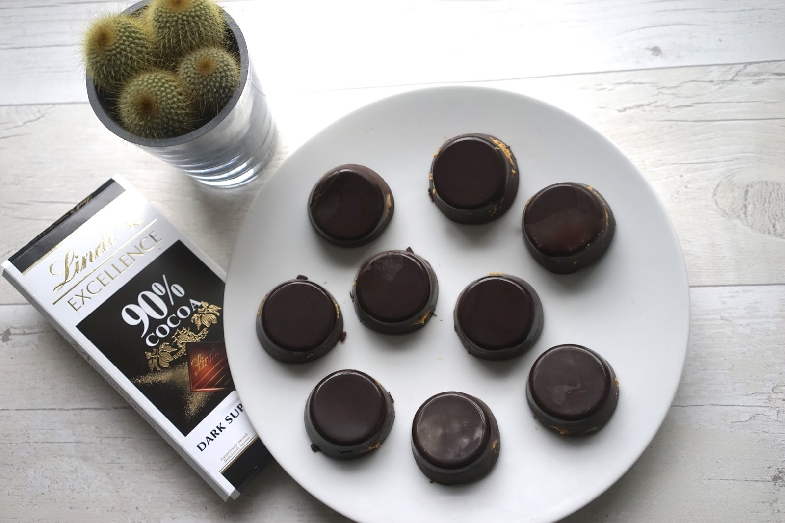 healthy home made peanut butter cups