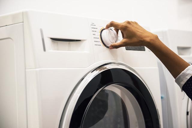 És més car rentar la roba a casa o en una bugaderia?