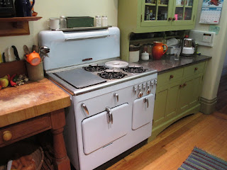 Blue Chambers Model C in colorful kitchen in Cincinnati Ohio showing griddle, thermowell and high back splash