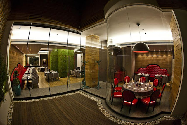 Picture of Red Canape restaurant interiors as seen through the glass wall