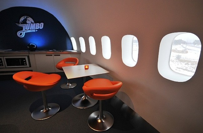 Boeing 474 convertido en Hostal