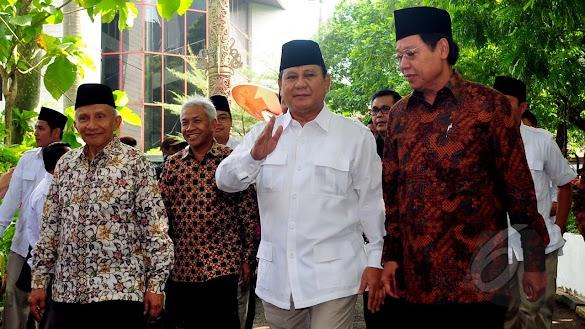 TGB Dukung Jokowi, Prabowo Menanggapi Santai