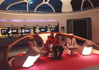 Puente de mando de la nave Enterprise de Star Trek escala 1:1