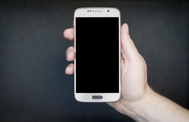 5 Tips Memilih Smartphone di Era Milenial