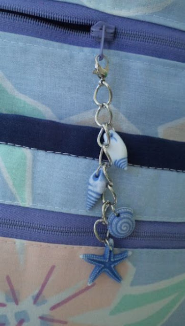 Handmade zipper pulls by eSheep Designs