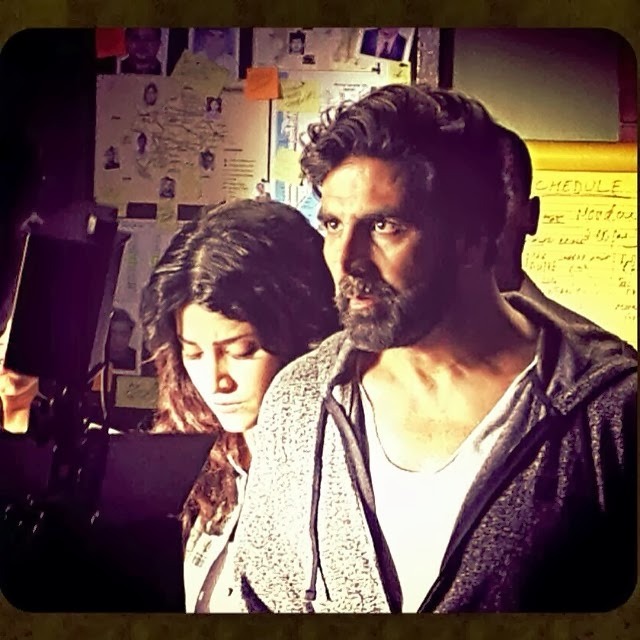 Akshay and Shtruti on location of Gabbar movie shoot at Pune