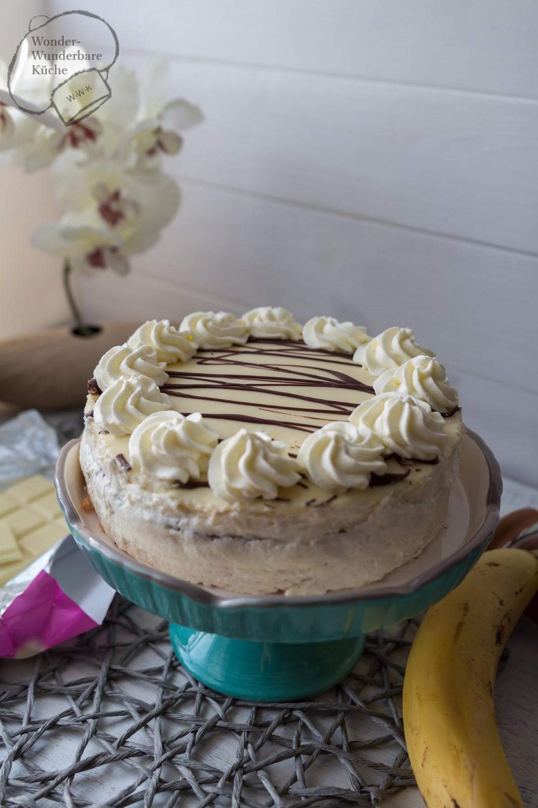 Kleine Kuchen Banane Sahne Torte Mit Weisser Schokolade