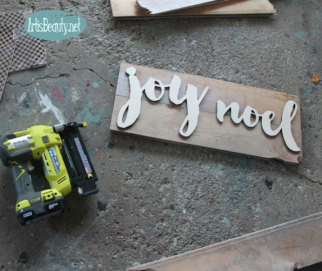 joy noel vintage driftwood shiplap diy craft christmas sign