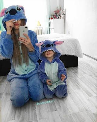 poses tumblr con hija en pijama de stitch