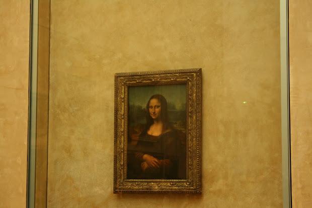Paris Louvre Museum Mona Lisa