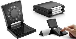 Hape Aneh Samsung Serene (Ponsel Elegan)