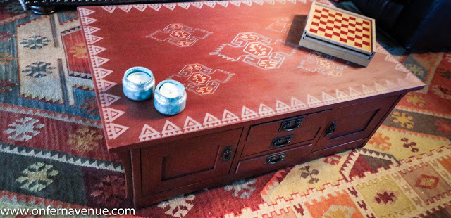 http://www.onfernavenue.com/2016/12/kilim-inspired-coffee-table-using-old.html