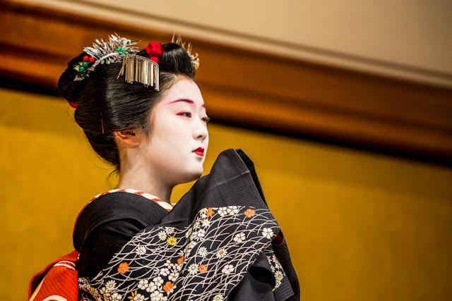 La cortesía preciosista y armoniosa del Kyomai :: Canon EOS5D MkIII | ISO 800 | Canon70-200@200mm | f/4.0 | 1/100s