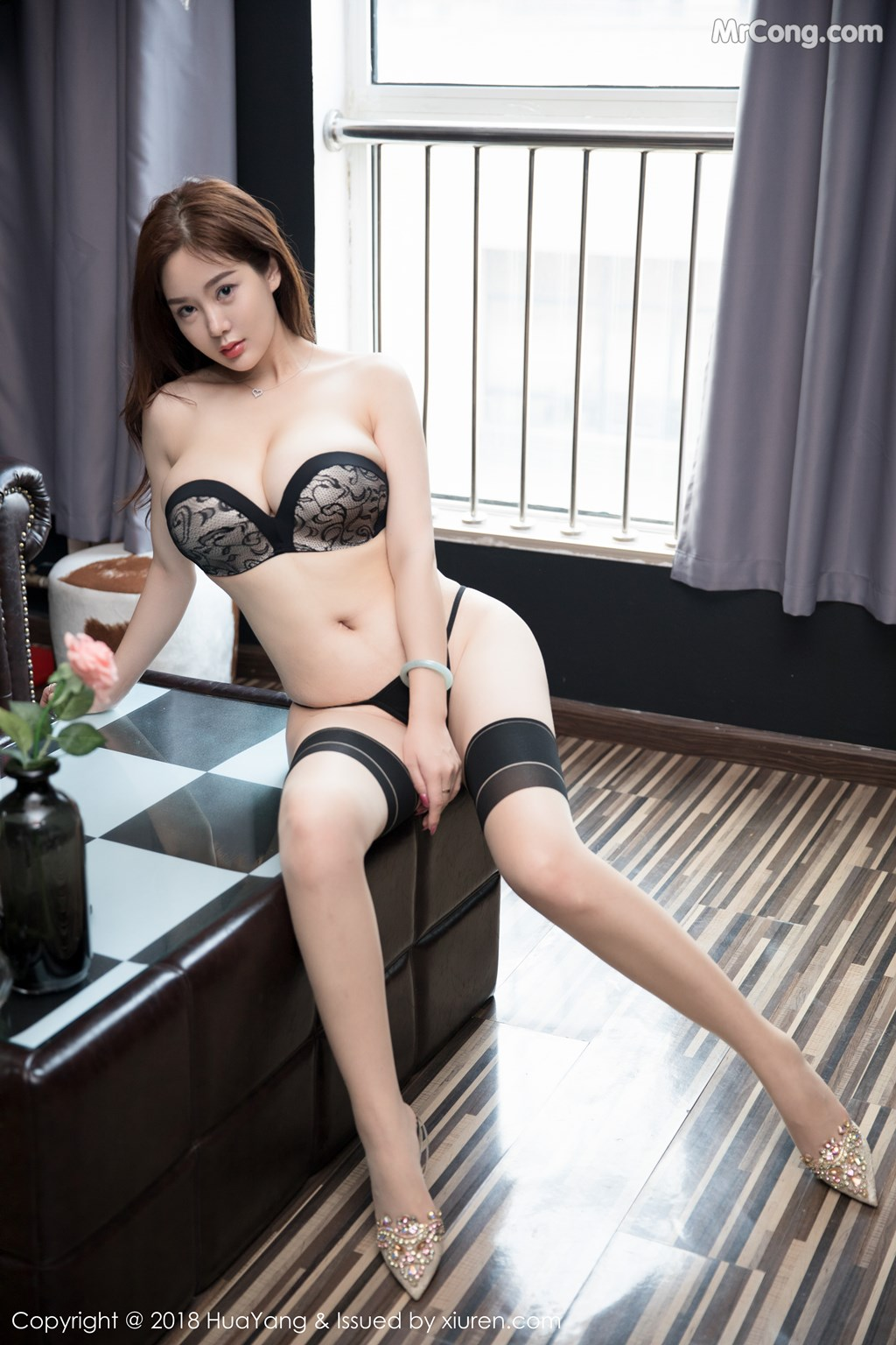 Image HuaYang-2018-08-09-Vol.068-Silvia-MrCong.com-036 in post HuaYang 2018-08-09 Vol.068: Người mẫu 易阳Silvia (41 ảnh)