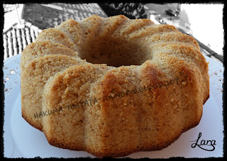 http://cucinaconlara.blogspot.it/2013/12/torta-allarancia-senza-uova-e-senza.html
