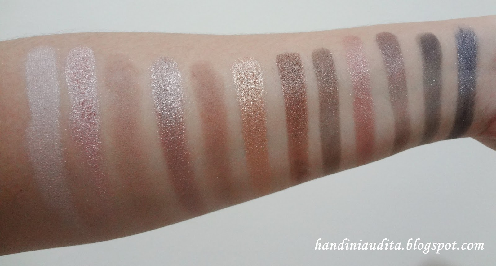 Naked Smoky Eyeshadow Palette by Urban Decay #20