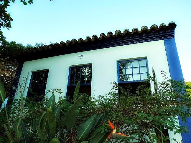 Casarão onde fica hoje o Ecomuseu de Ribeirão da Ilha