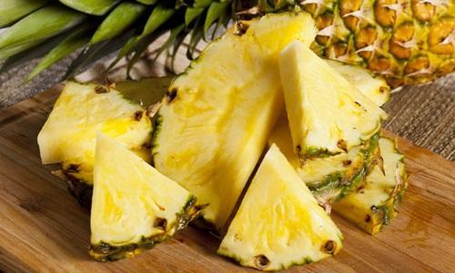 Buah nanas bermanfaat untuk menurunkan kadar kolesterol dan asam urat tinggi