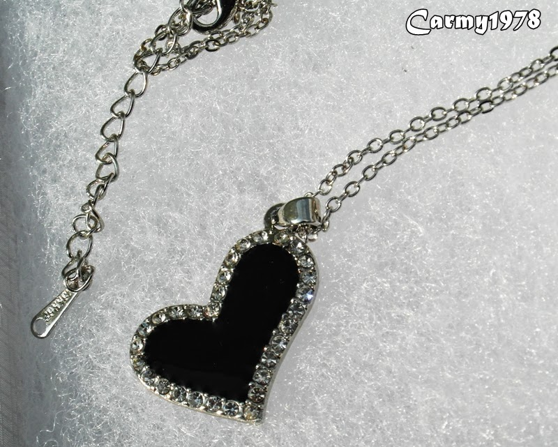 necklace-with-heart