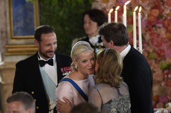 Swedish Royal Family held a wedding dinner in honor of Prince Carl Philip and Princess Sofia at the Royal Palace