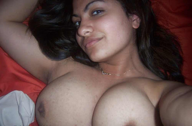 hot girl boobs nipples,sexy  nude girls boobs,desi londiya ke boobs