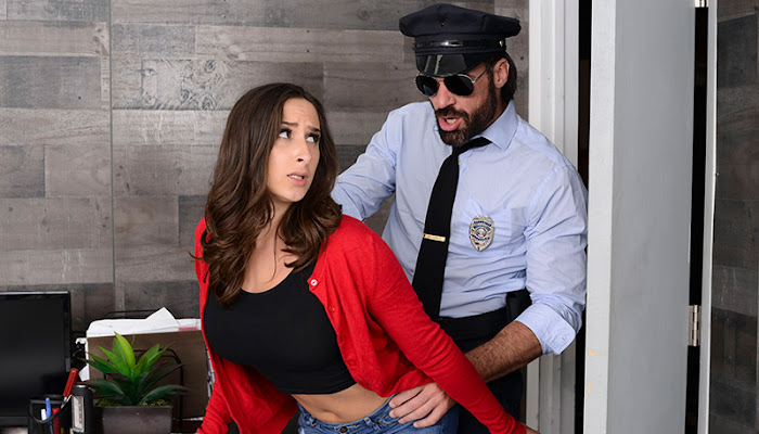BrazzersExxtra - Ashley Adams Mall Cop Cock