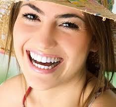 Như thế nào là cách chữa cười hở lợi không phẫu thuật?