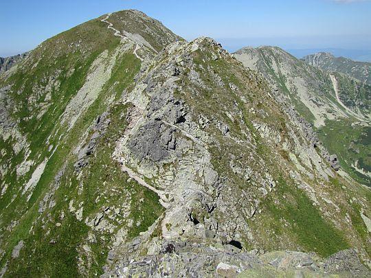 Szeroka Kopa i Hruba Kopa (z tyłu) widziana z Drobnej Kopy.