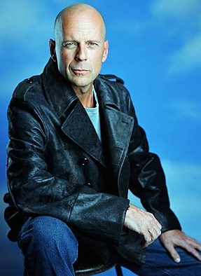 Foto de Bruce Willis sin cabello