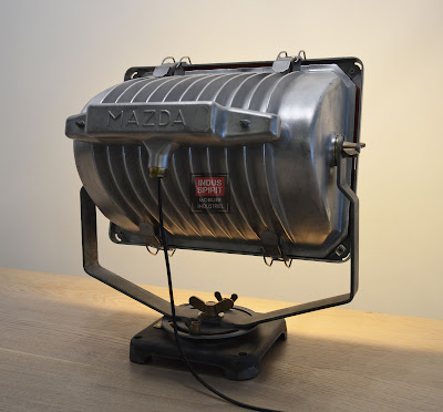 Projecteur Mazda