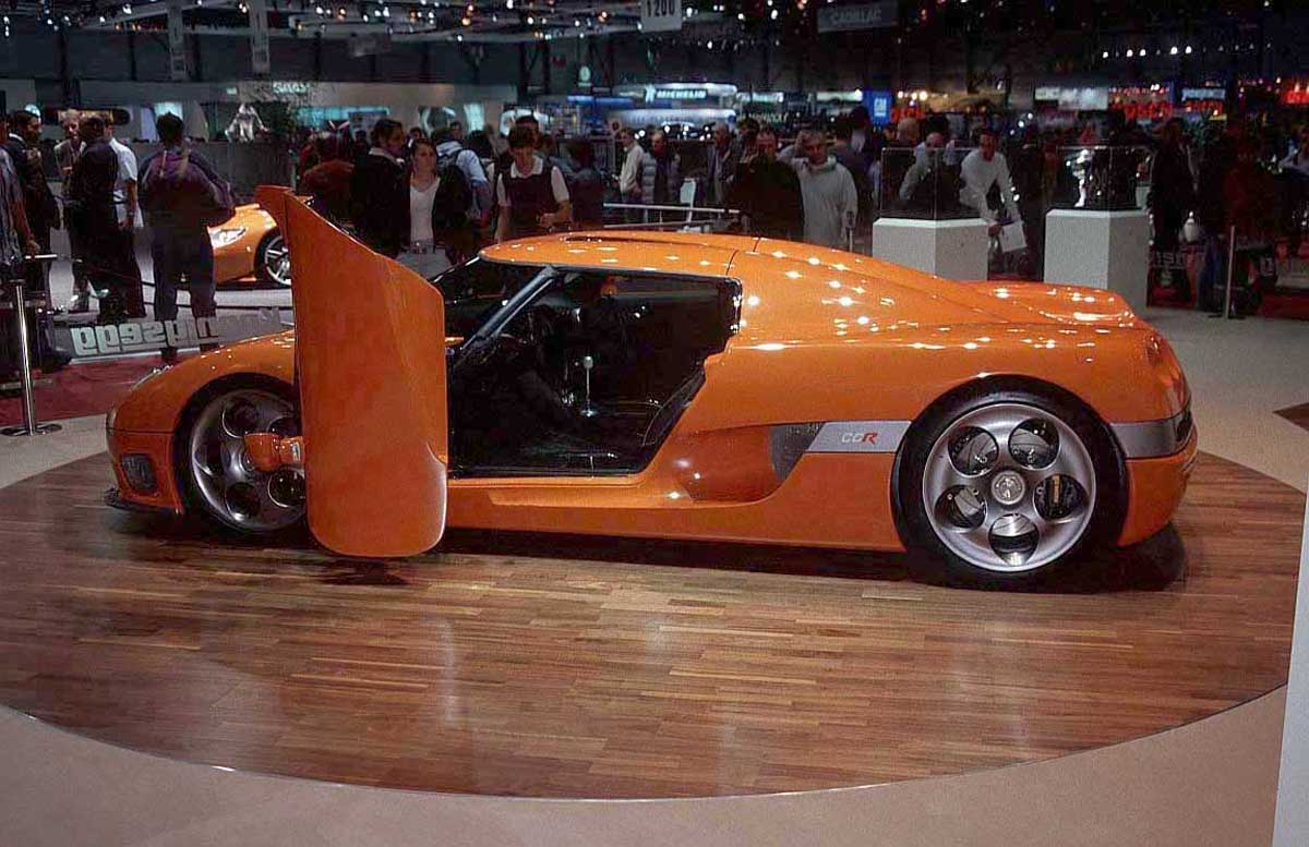 Fast Cars Of The World E Fast Cars Pictures And Images
