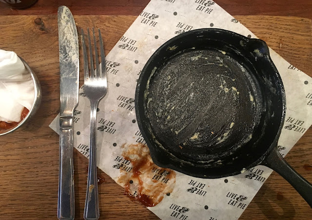 Clean plates at Pieminister, Stokes Croft