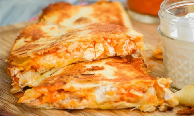 Extra Cheesy Buffalo Chicken Quesadillas #deliciousrecipe #lunch