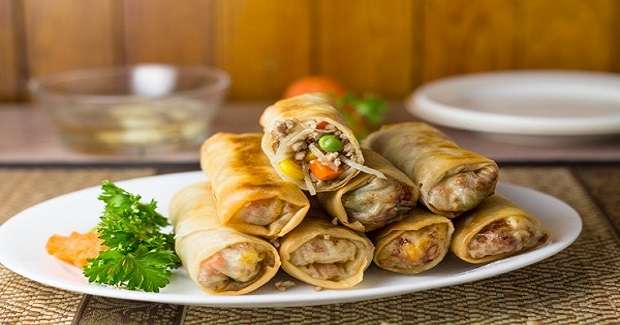 Lumpiang Prito (Pork And Vegetable Spring Roll) Recipe