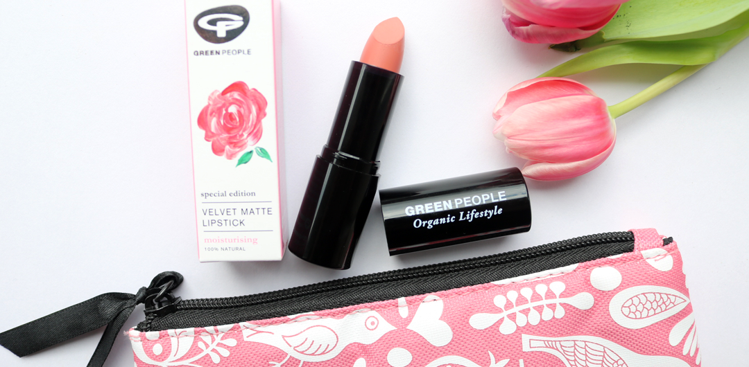 Green People Velvet Matte Lipstick in Damask Rose review swatches