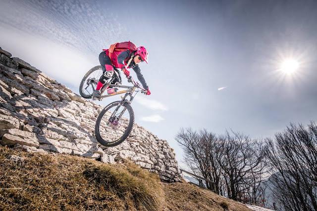 Downhill MTB: Mountainbike Tour Corno della Paura Monte Baldo Massiv