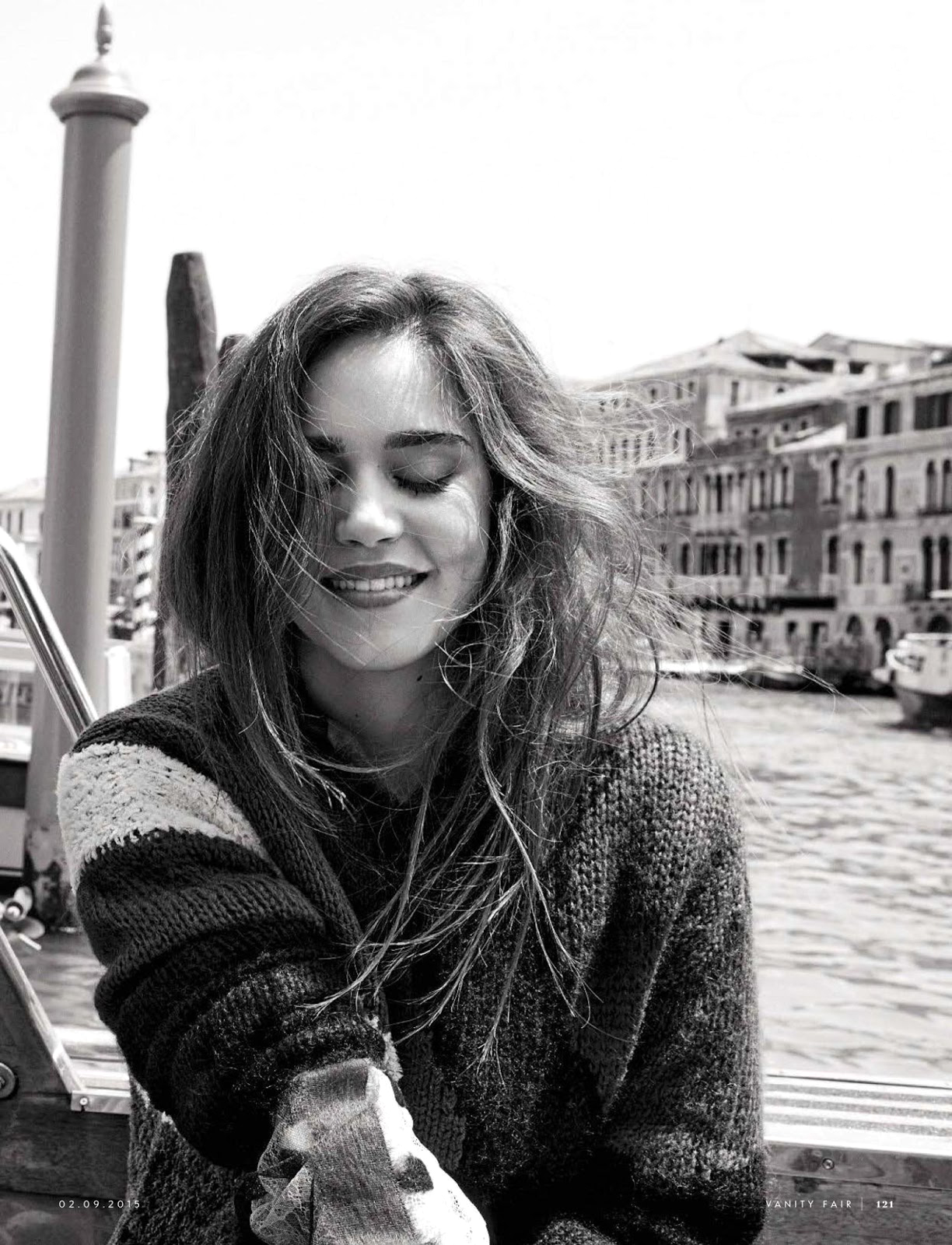 Matilda Lutz in La ricerca della Felicita / Vanity Fair Italia September 2015 (photography: Pamela Hanson) via www.fashionedbylove.co.uk british fashion blog