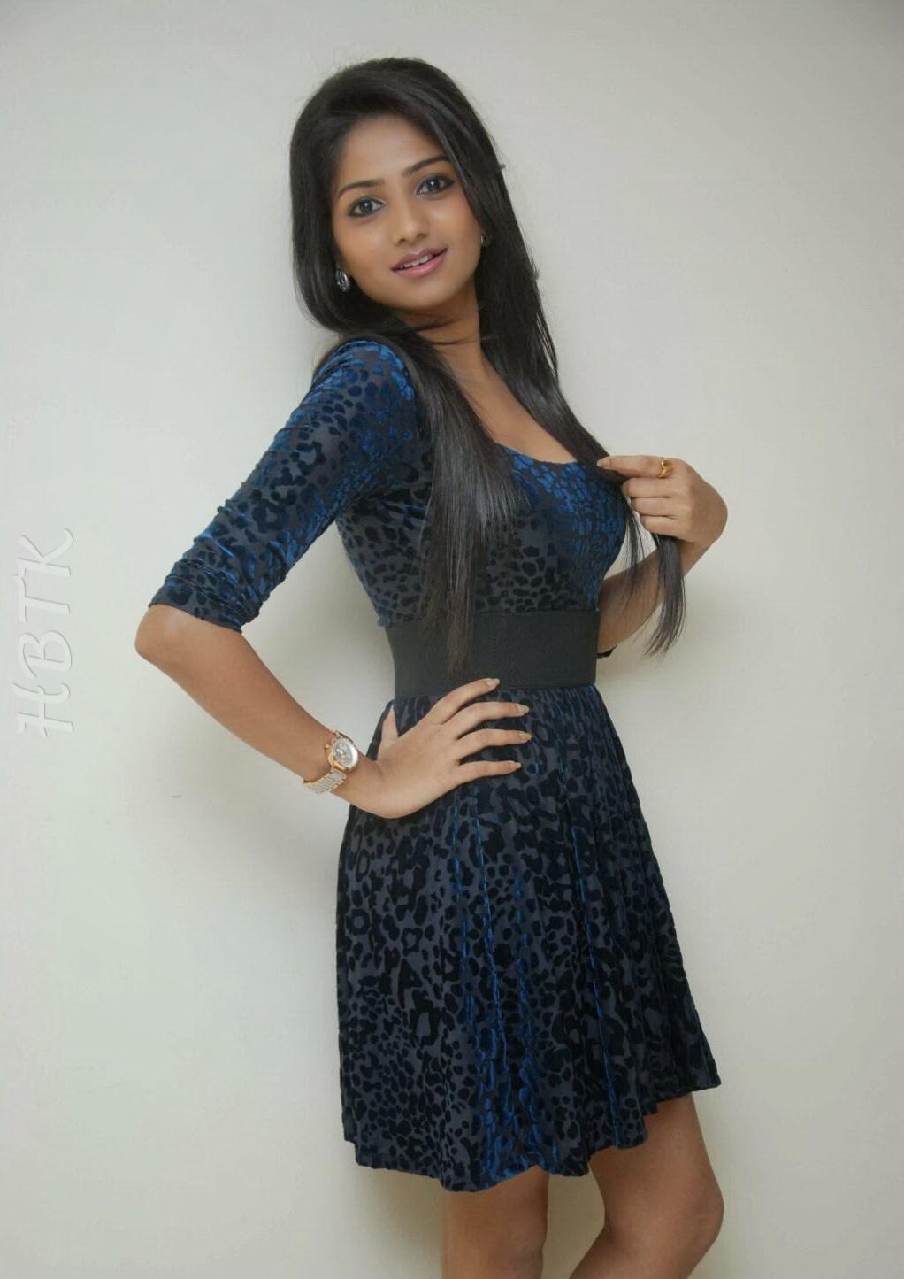 Punjabi Cute Girl Hd Wallpaper Hbtkollywood Rachita Ram A Kannada Actress Showing Her