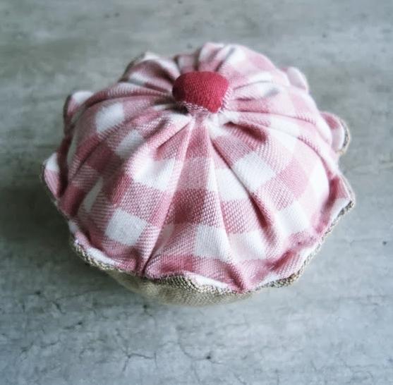 babeczka z tkaniny handmade