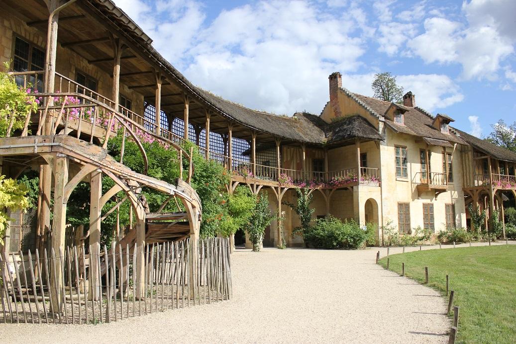 Hameau de la Reine, vesnička Marie Antoinetty ve Versailles