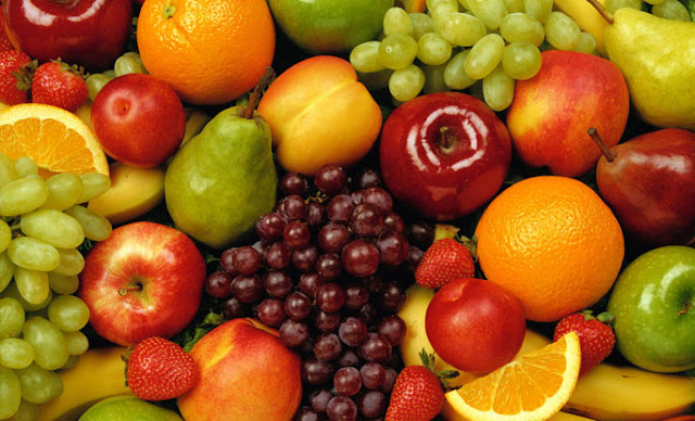 Always Eat Fruits On An Empty Stomach: Myth Or Fact?