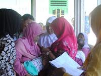 Putri Wabup Purbalingga dapat Imunisasi Polio di Pendapa Cahyana