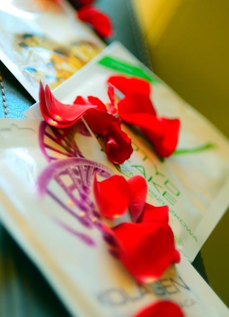 maski w płachcie | maska | pielęgnacja | pielęgnacja cery | koreańska pielęgnacja | płatki róż