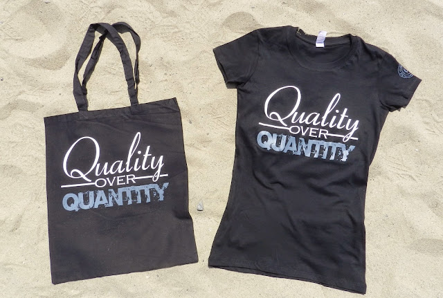 Women's 'Quality over Quantity shirt and matching tote bag from the Freelance Collection