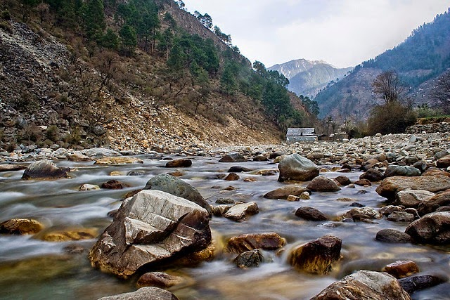 Tirthan Valley in Himachal Pradesh - A secluded place in the tranquility of nature.