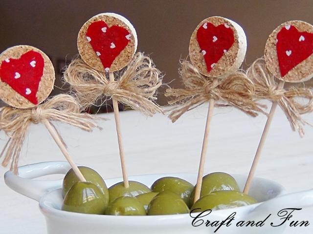Riciclo creativo craft and fun idee per san valentino riciclo creativo dei tappi di sughero - Decorazioni tavola san valentino ...