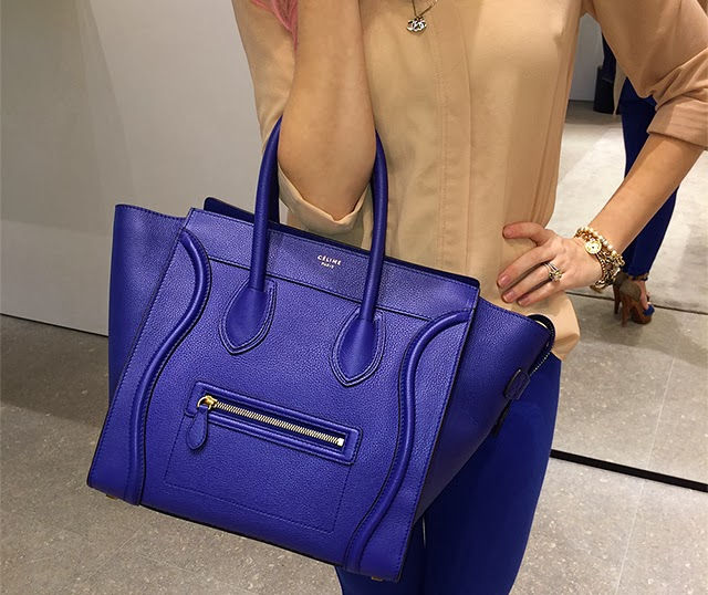 I had always drooled over the cobalt blue but that color was no longer in  production. All my worries vanished the moment I saw my Indigo Blue Mini  Luggage ... afde457def040