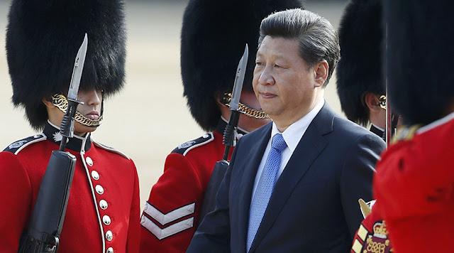 China está prendendo pessoas que escreveram e compartilharam uma carta na internet