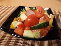 Salata cu pui si dressing Vinegrete
