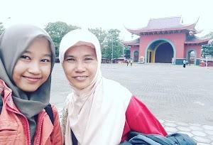 Berpetualang Bersama Ibu Tercinta